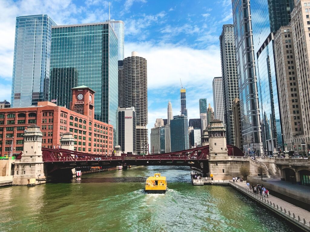 reasons to visit Chicago